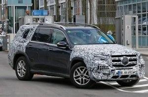 Новый Mercedes GLS проходит заключительные испытания перед дебютом в Нью-Йорке