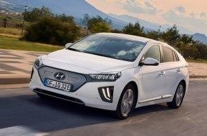 Hyundai Ioniq получит увеличенную дальность пробега и больше технологий