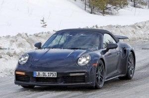 Появились снимки нового Porsche 911 Turbo Cabrio